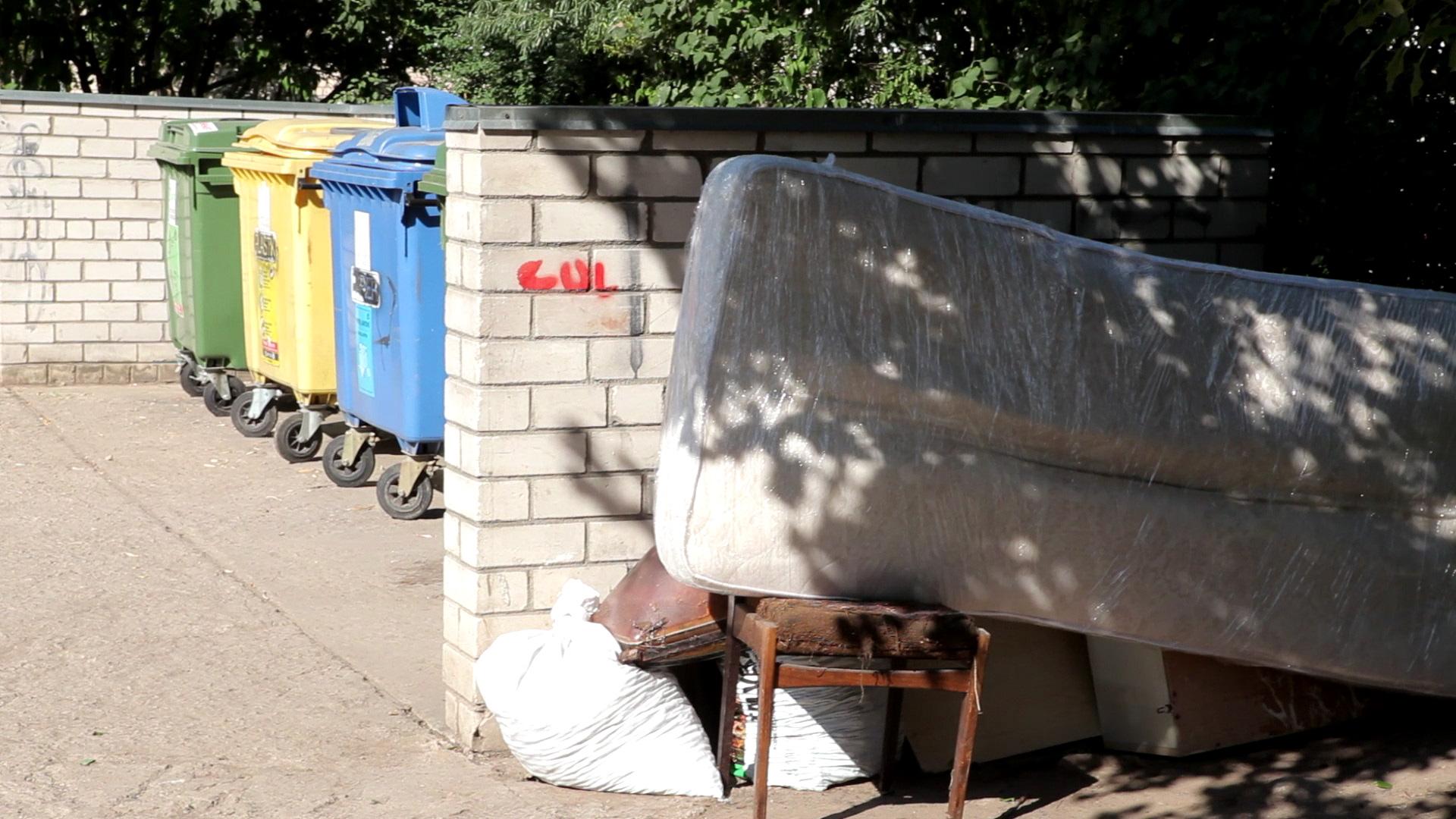 Ogrē cīņa ar lielgabarīta atkritumu apsaimniekošanu
