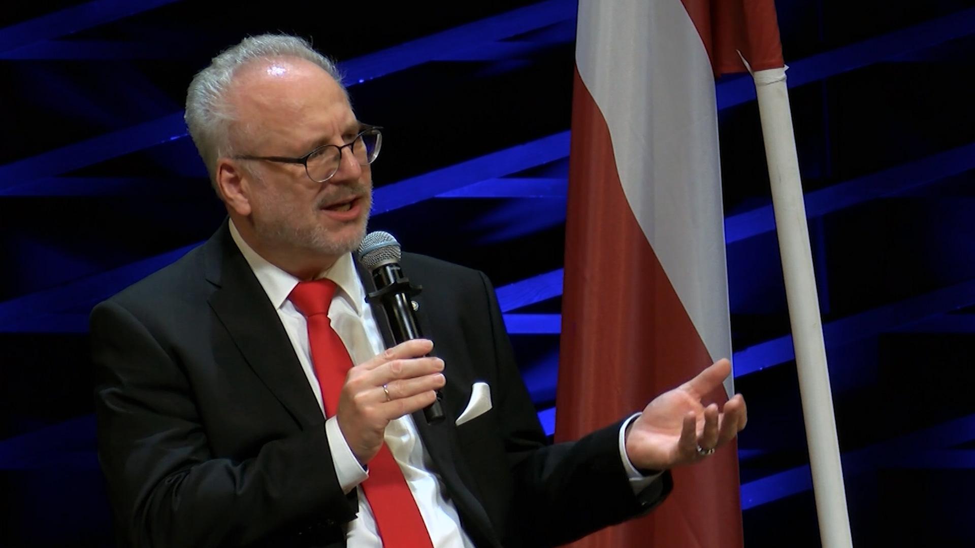 Noslēdzies diskusiju cikls par latviešu vēsturiskajām zemēm
