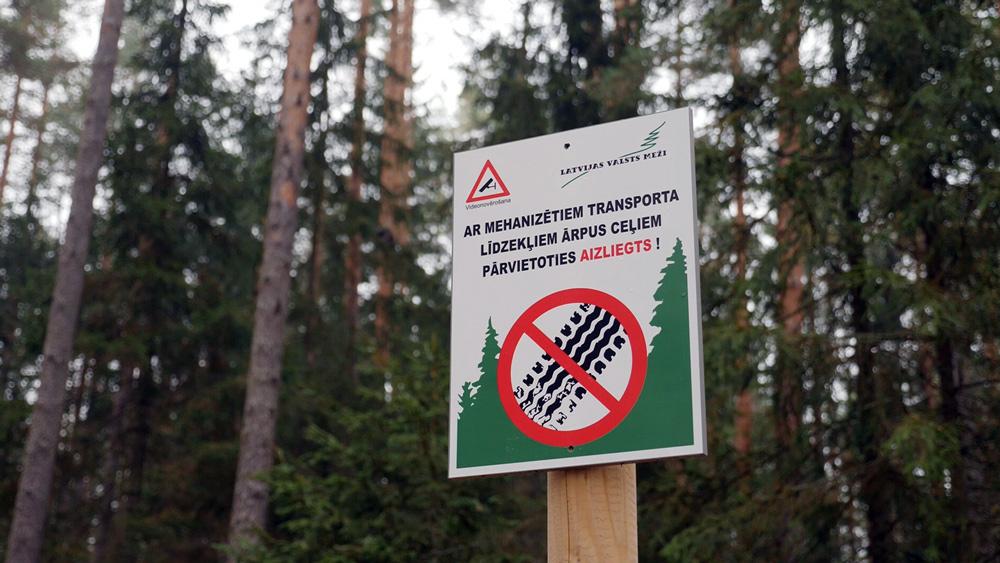 Mežus arvien vairāk izposta motobraucēji