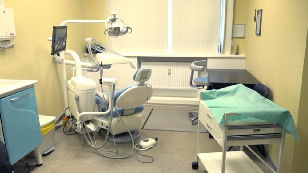 Liepājā darbu sāk jauns valsts apmaksāts bērnu zobārstniecības kabinets
