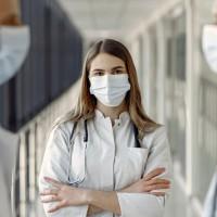 Ģimenes ārsti norāda uz papildu slodzi Covid-19 testu dēļ