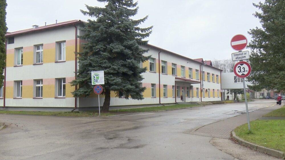 Covid-19 dēļ uz laiku slēgta Aizkraukles slimnīca