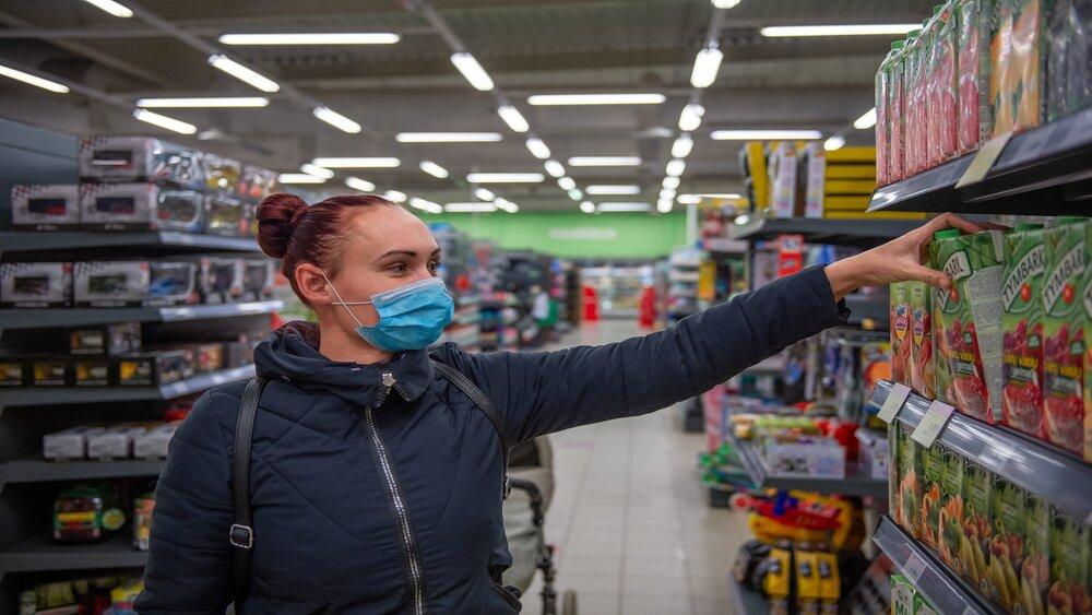 Liepājnieki sašutuši par aizliegumu noteiktiem veikaliem strādāt brīvdienās