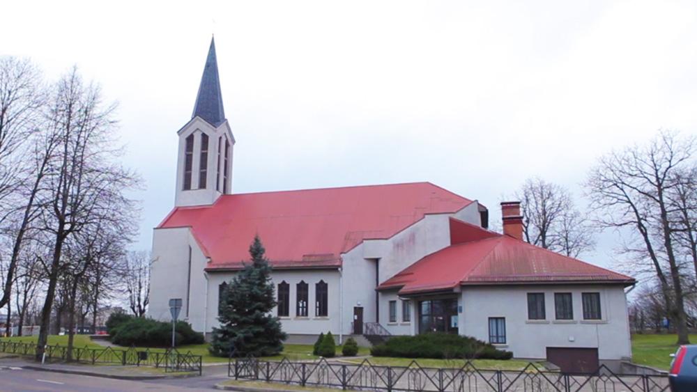Dievkalpojumi Ogres novada baznīcās