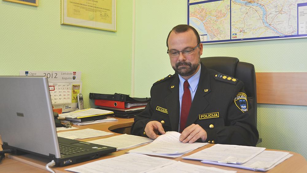 No amata atstādināts Ogres pašvaldības policijas vadītājs un viņa vietnieks