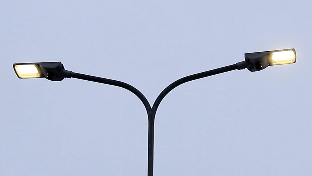 Deviņpadsmit pilsētās ievieš viedo ielu apgaismojumu