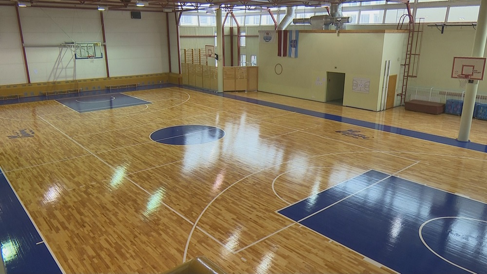 Uzlabo infrastruktūru abu Līvānu vidusskolu sporta zālēs