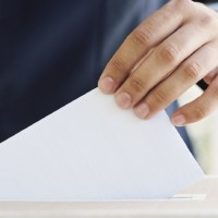 Vājā partiju reklamēšanās var radīt zemāko iedzīvotāju aktivitāti vēsturē