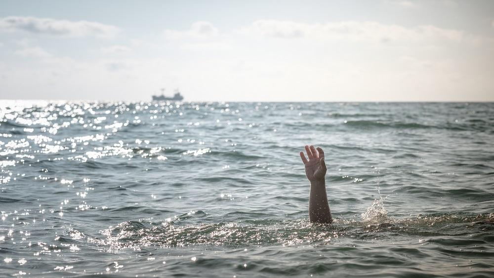 Maijā noslīkuši divi mazi bērni; pie ūdens nedrīkst zaudēt modrību