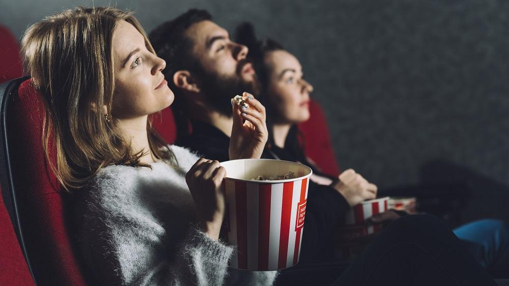 Kinoteātri vēl never durvis apmeklētājiem