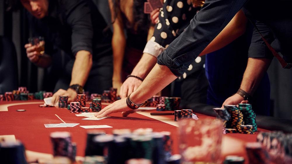 Kuldīgā piespiež atļaut azartspēles