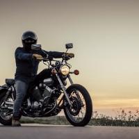 Amatpersonas ķeras klāt motociklu trokšņošanas problēmai