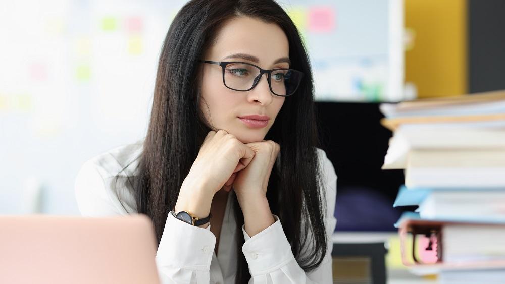 Novērojama skolotāju izdegšana, daži iet prom no darba