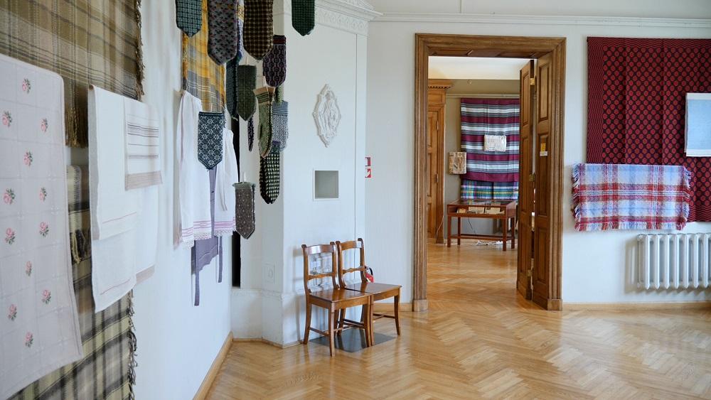 Ilgas Madres piemiņas izstādē darbi no visas Latvijas