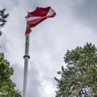 Eksperti: latviešu valoda nemirs, ja tajā runāsim, rakstīsim un lasīsim