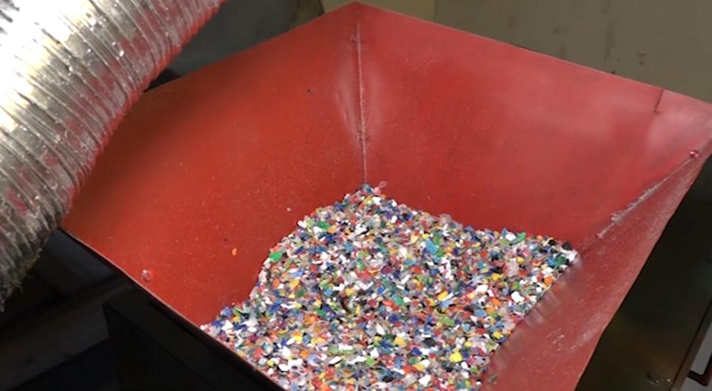 No pudeļu korķiem līdz atpūtas krēslam